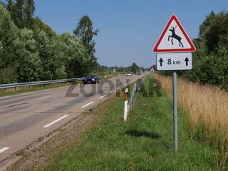 Verkehrszeichen - Wildwechsel in Litauen