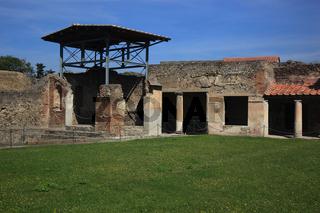 Säulengang am Forum