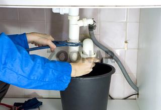 plumber drain pipes