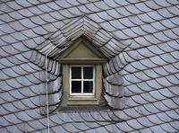 Dormer window with a lightning rod