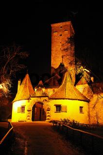 Nächtliches Stadttor Regensburg