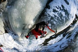 Eisklettern in Hohnstein sächsische Schweiz