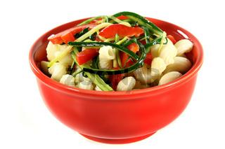 Pasta mit Paprika-Zucchini-Gemüse