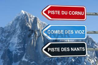 Pistenwegweiser, Skigebiet Chamonix, Frankreich