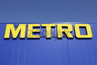 Schriftzug der Metro AG, Europas groesstem Einzelhandelskonzern,