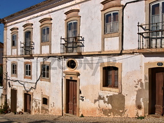 Historische Hausfassade in Silves, Algarve - Portugal