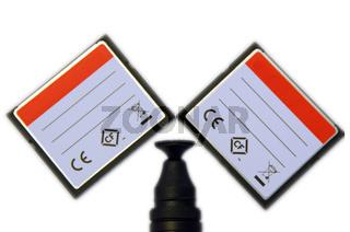 CompactFlash Speicherkarten mit Objektiv-Pinsel
