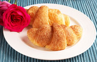 Croissants with roses