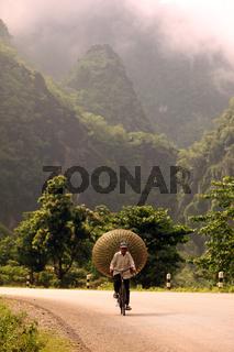 Die Landschaft am Xe Bang Fai River beim Dorf Mahaxai Mai von Tham Pa Fa unweit der Stadt Tha Khaek in zentral Laos an der Grenze zu Thailand in Suedostasien.