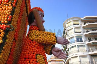 Skulpturen aus Zitrusfrüchten