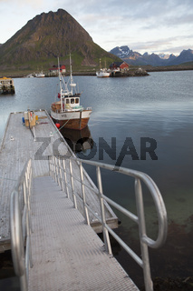 Fischkutter in Ramberg, Lofoten, Norwegen