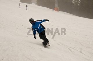 Elfjähriger Snowboarder, Söllereck, Oberstdorf, Allgäuer Alpen, Oberallgäu, Bayern, Deutschland, Europa