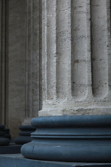 Corinthian columns close-up