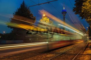Straßenbahnen in der Nacht