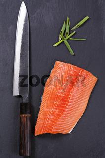 salmon fillet with yanagiba knife