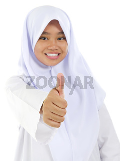 Thumb up Muslim teen
