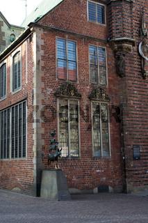 Die Bremer Stadtmusikanten am Rathaus der Hansestadt Bremen, Deutschland