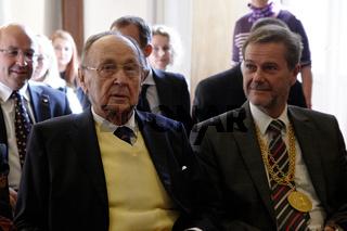 European School Award to Hans-Dietrich Genscher