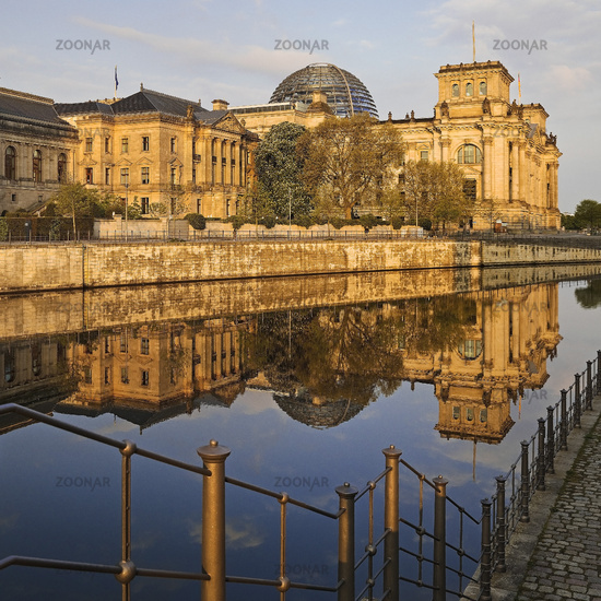 Reichstag with Spree in the morning light, German Bundestag,, Berlin, Germany, Europe