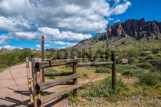 A description board for the trail in Lost Dutchman SP, Arizona