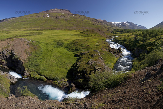 River Gilsá in the valley of Mount Hoettur and Sandfell, East Iceland, Iceland, Europe