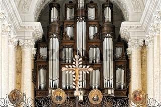 Orgel und Chorraum mit Chorgitter Dom St.Blasien Schwarzwald