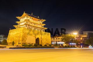 longxi weiyuan tower at night