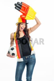 weiblicher fußballfan jubelt