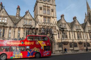 Tourist Bus Oxford High Street, England, UK