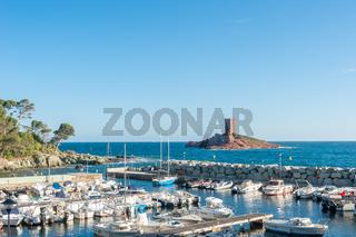 Port du Poussai und Ile d´Or am Cap Dramont bei Saint-Raphael