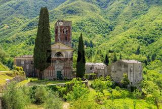 Borzone Abbazia di Sant Andrea 03
