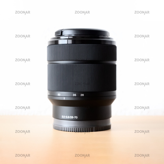 typical zoom lens 28-70mm