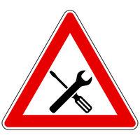Werkzeuge und Achtung Schild - Tools and attention sign