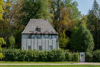 Gartenhaus von Goethe in Weimar im Park an der Ilm am Morgen