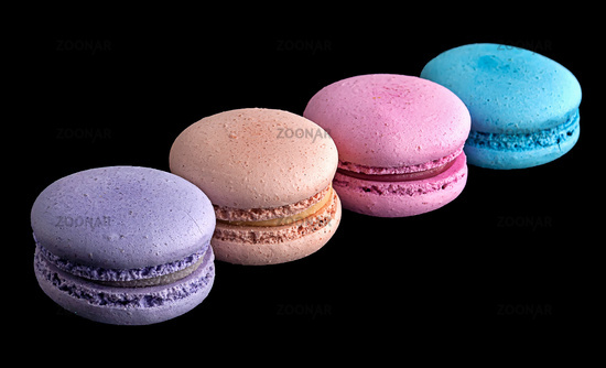 Macaroons in a row diagonally