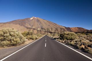 Landstrasse TF 21 zum Teide Vulkan, Teneriffa