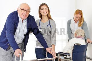Pflegedienst bei Senioren zu Hause