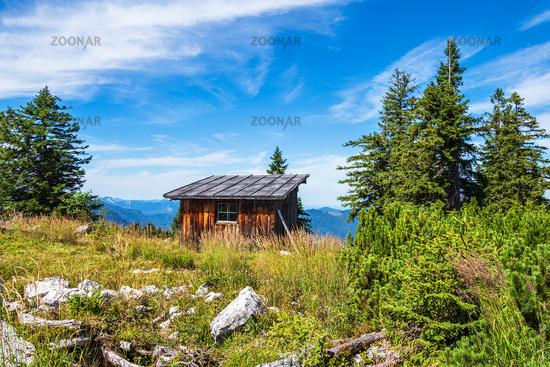 Hütte auf dem Gipfel des Prediktstuhls im Berchtesgadener Land