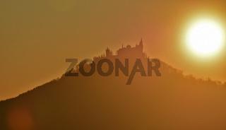 Sonnenuntergang hinterm Hohenzollern