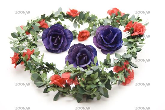 Rose garland for rose buds