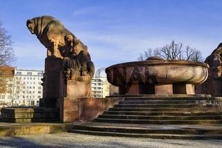 Stierbrunnen, Arnswalder Platz, Berlin, Deutschland