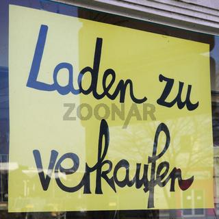 Laden zu verkaufen sign translates as store for sale in german