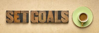 set goals banner in letterpresss wood type