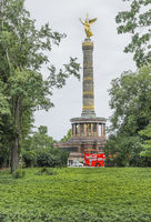 victory column and hop on, hop off city tour bus