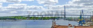 Brücke über den Strelasund zur Insel Rügen