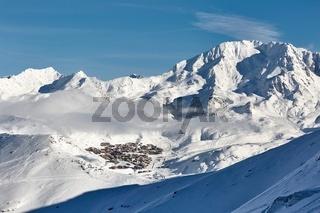 Val Thorens ski resort in the distance