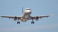 Plane Lufthansa approaching