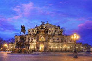 Semper opera house at dusk
