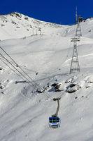 Ropeway from Curtinatsch to peak Piz Lagalb, skiing area Diavolezza-Lagalb, Pontresina, Switzerland
