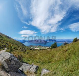 Lake Hawea und Bergpanorama, Otago, Südinsel, Neuseeland, Ozeanien.